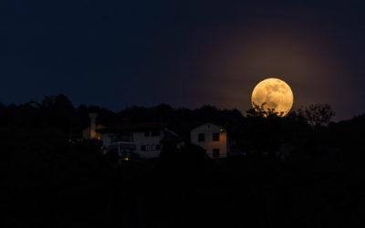 Perchè diamo i nomi alle Lune?
