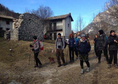 il villaggio di Ruschis lungo la dorsale della Val Resia