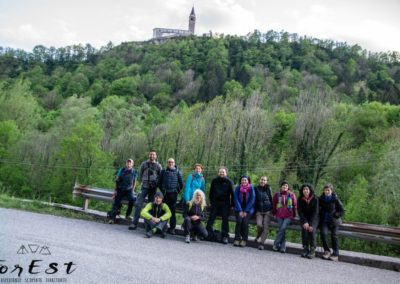 foto di gruppo durante l'escursione a cesclans e somplago nelle prealpi carniche