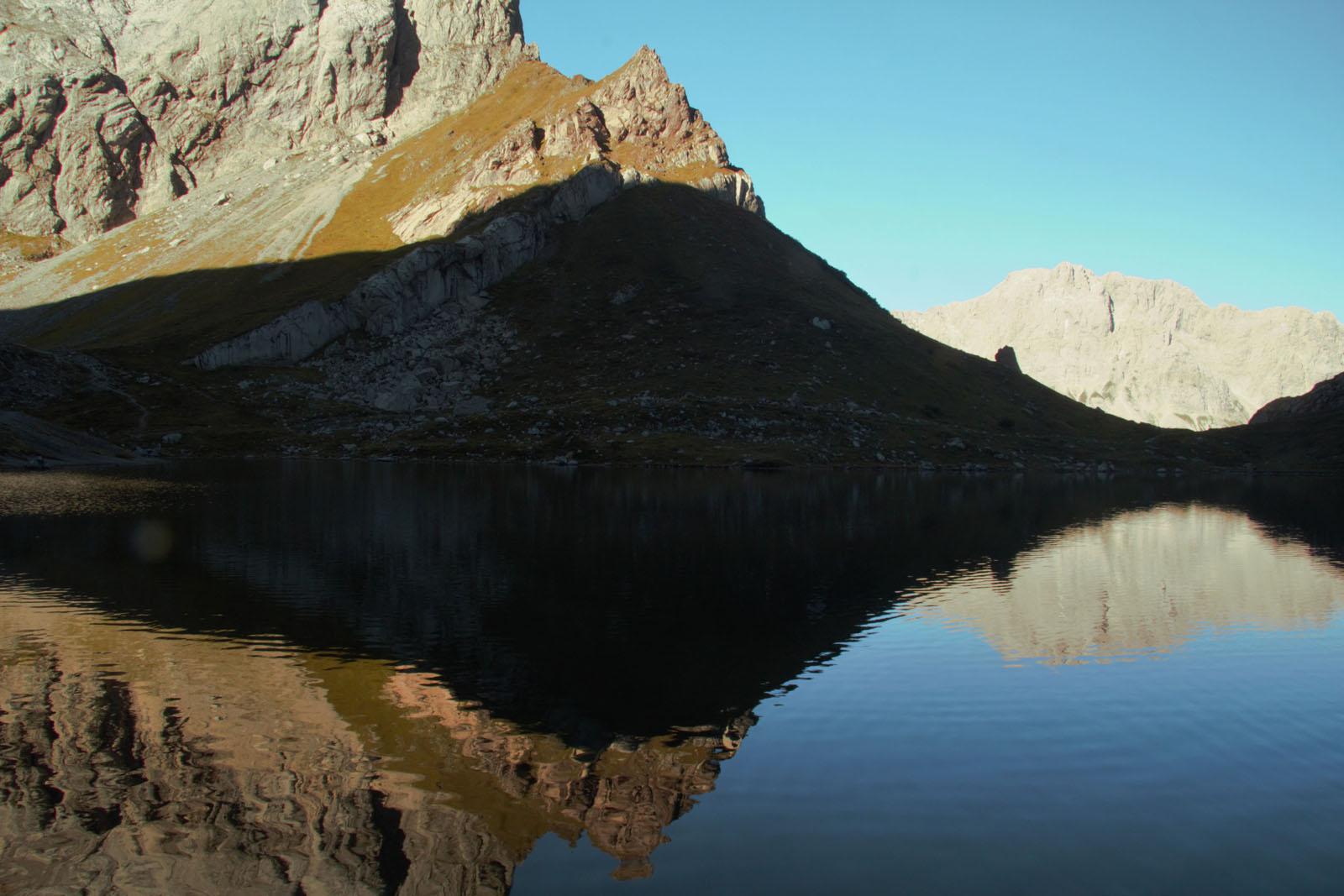Lo specchio del Lago di Volaia