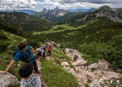 In salita verso la Creta di Aip nelle Alpi Carniche